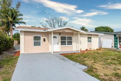 817 SW 4TH ST, Delray Beach, FL 33444 - Photo 2