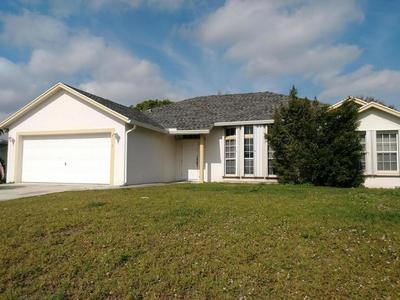 2811 SE PACE DR, PORT SAINT LUCIE, FL 34984 - Photo 1