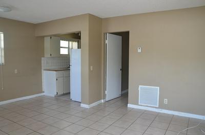 5003 GARDEN AVE, West Palm Beach, FL 33405 - Photo 2