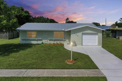 125 NE PENLYNN AVE, Port Saint Lucie, FL 34983 - Photo 1
