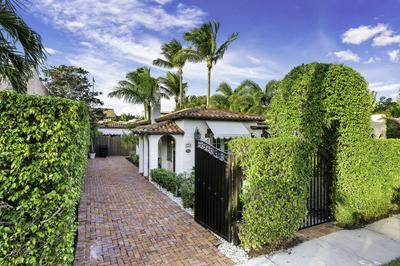 223 LAKELAND DR, West Palm Beach, FL 33405 - Photo 2