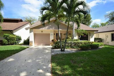 4952 BOXWOOD CIR, Boynton Beach, FL 33436 - Photo 1