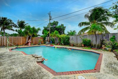 524 NW 53RD ST, Boca Raton, FL 33487 - Photo 1