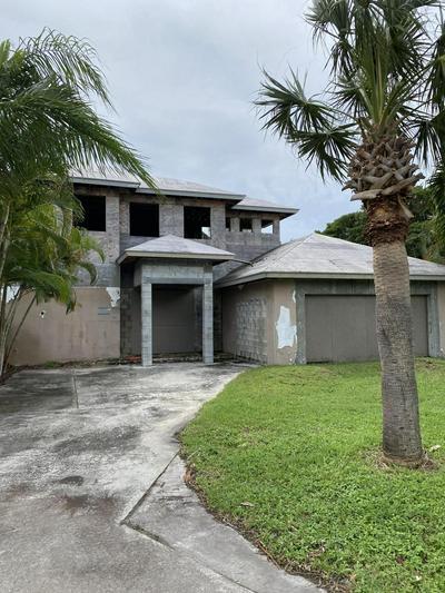 1137 ISLAND RD, Riviera Beach, FL 33404 - Photo 2