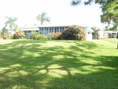 8198 BUCKTHORN CIR, Port Saint Lucie, FL 34952 - Photo 2