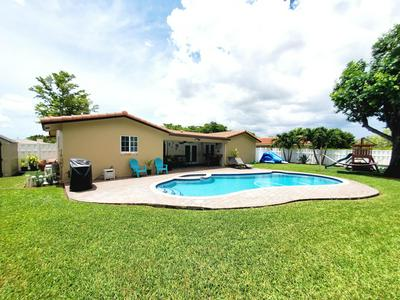 8715 NW 29TH DR, Coral Springs, FL 33065 - Photo 2