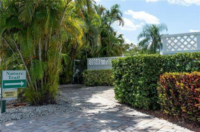 424 GROVE ISLE CIR, Vero Beach, FL 32962 - Photo 2