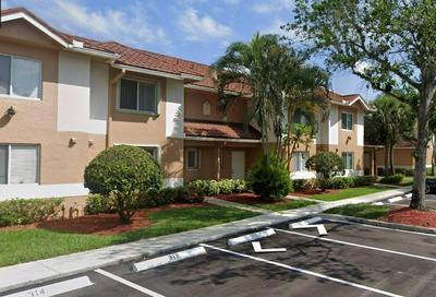 866 NW 92ND AVE, Plantation, FL 33324 - Photo 1