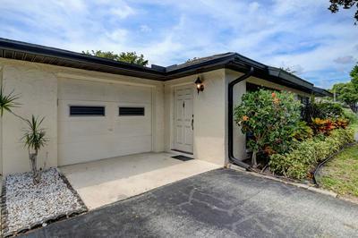 4843 GREENTREE LN APT B, Boynton Beach, FL 33436 - Photo 2