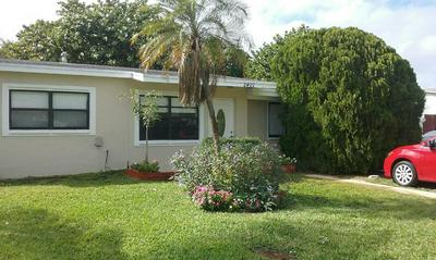 2407 NE 4TH CT, BOYNTON BEACH, FL 33435 - Photo 2