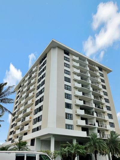 1200 MARINE WAY APT 203, North Palm Beach, FL 33408 - Photo 1