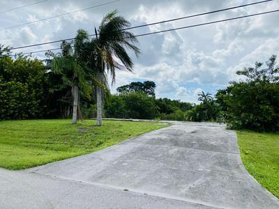 428 SW CRAWFISH DR, Port Saint Lucie, FL 34953 - Photo 2