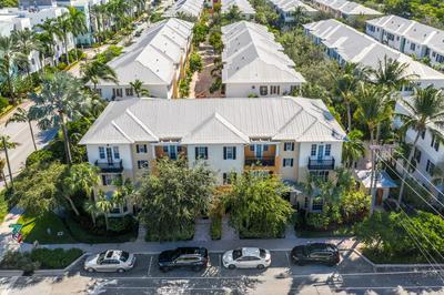527 N MALLORY CIR, Delray Beach, FL 33483 - Photo 2
