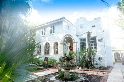 6611 GARDEN AVE, West Palm Beach, FL 33405 - Photo 1