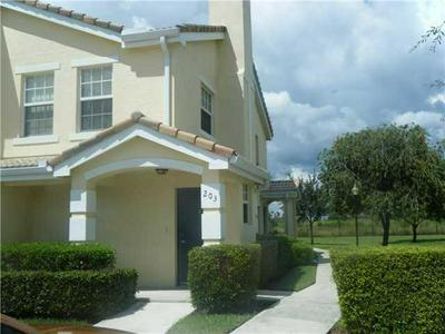 158 SW PEACOCK BLVD APT 30-203, Port Saint Lucie, FL 34986 - Photo 1