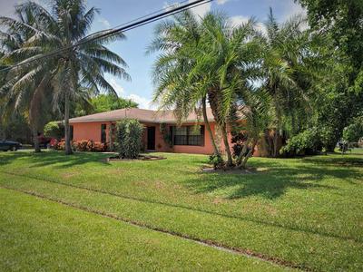 365 SW WHITMORE DR, Port Saint Lucie, FL 34984 - Photo 2