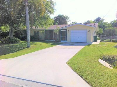 5607 MYRTLE DR, Fort Pierce, FL 34982 - Photo 1