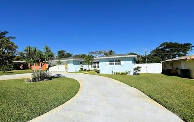 141 SW 24TH AVE, BOYNTON BEACH, FL 33435 - Photo 2