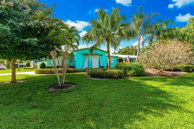 27 SW RIVERWAY BLVD, Palm City, FL 34990 - Photo 1