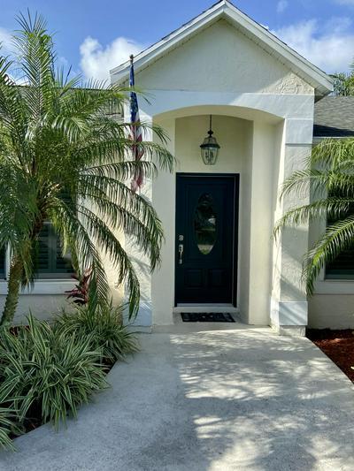 468 SW PRADO AVE, Port Saint Lucie, FL 34983 - Photo 2