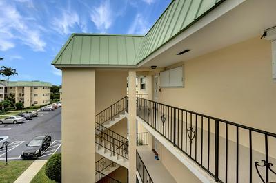 17 COLONIAL CLUB DR APT 300, Boynton Beach, FL 33435 - Photo 2