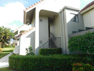 5589 FAIRWAY PARK DR APT 202, Boynton Beach, FL 33437 - Photo 2
