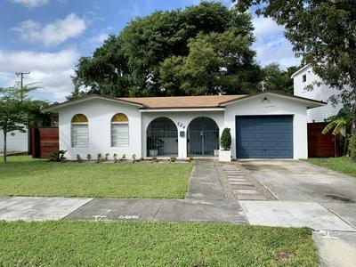 724 NW 14TH CT, Miami, FL 33125 - Photo 1