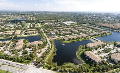 2811 GRANDE PKWY APT 109, Palm Beach Gardens, FL 33410 - Photo 2