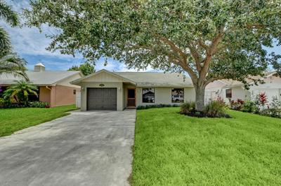 5881 SE COLLINS AVE, Stuart, FL 34997 - Photo 1
