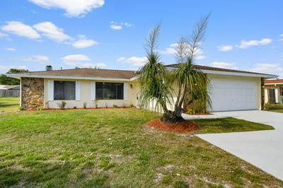 2574 SE FLORESTA DR, PORT SAINT LUCIE, FL 34984 - Photo 2