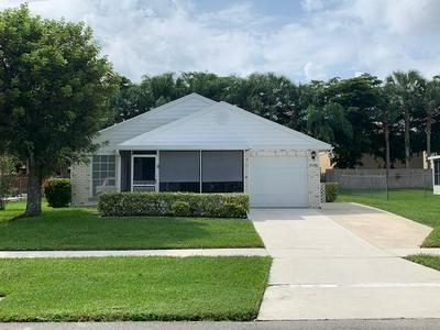1136 GRANDVIEW CIR, Royal Palm Beach, FL 33411 - Photo 1