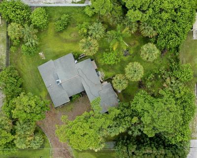 6010 BALSAM DR, Fort Pierce, FL 34982 - Photo 2