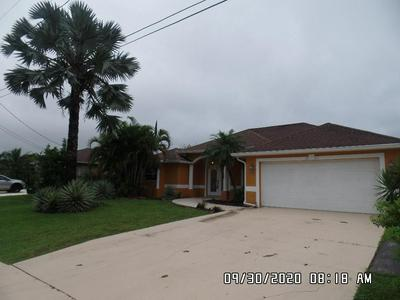 3282 SE WEST SNOW RD, Port Saint Lucie, FL 34984 - Photo 2