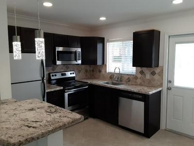 2601 NE 1ST ST APT 2, Pompano Beach, FL 33062 - Photo 1