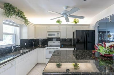 3201 NE 36TH ST APT 24, Fort Lauderdale, FL 33308 - Photo 2
