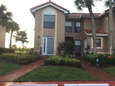 10910 LAKEMORE LN APT 201, Boca Raton, FL 33498 - Photo 1