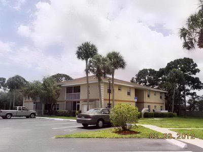 1544 SE ROYAL GREEN CIR # 203, Port Saint Lucie, FL 34952 - Photo 1