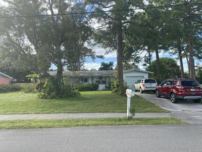1302 SE MADISON AVE, Stuart, FL 34996 - Photo 1