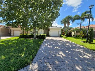 827 NW RUTHERFORD CT, Port Saint Lucie, FL 34983 - Photo 2