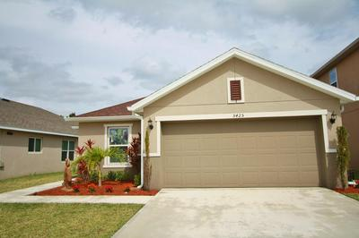 5425 NW PINE TRAIL CIR, Port Saint Lucie, FL 34983 - Photo 1