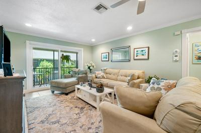 809 NE 1ST ST APT 4E, Delray Beach, FL 33483 - Photo 1