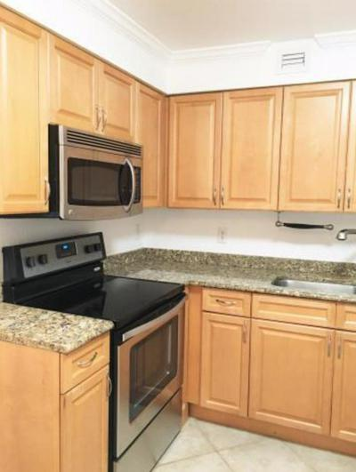 1000 SPANISH RIVER RD APT 2O, Boca Raton, FL 33432 - Photo 2