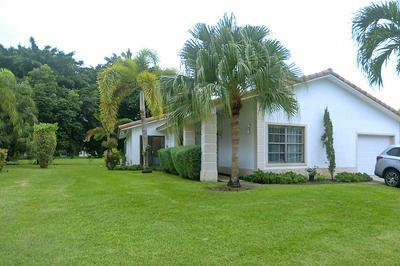 10161 CAMELBACK LN, Boca Raton, FL 33498 - Photo 1