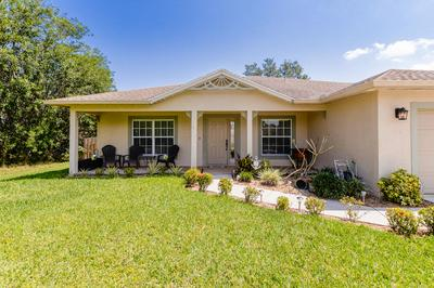 235 SW NORTH QUICK CIR, PORT SAINT LUCIE, FL 34953 - Photo 2