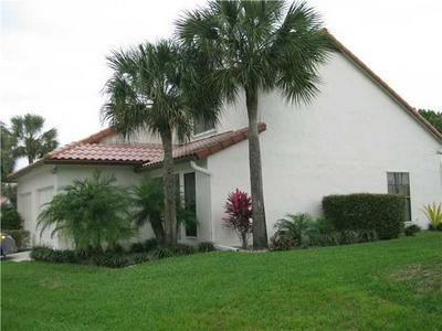 10251 RIVERBEND TER, Boca Raton, FL 33498 - Photo 2