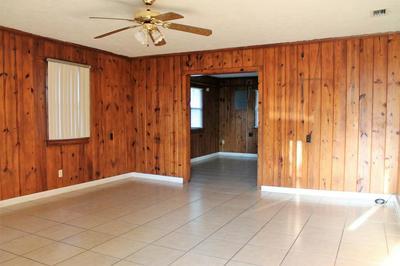 532 BOND ST, Clewiston, FL 33440 - Photo 2