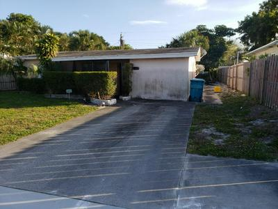 120 SE 14TH AVE, BOYNTON BEACH, FL 33435 - Photo 1