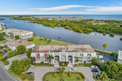 2185 IBIS ISLE RD APT 8, Palm Beach, FL 33480 - Photo 1