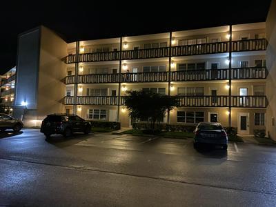 434 DOVER B, West Palm Beach, FL 33417 - Photo 2