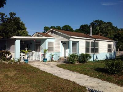 1212 RAYMOND AVE, FORT PIERCE, FL 34950 - Photo 1